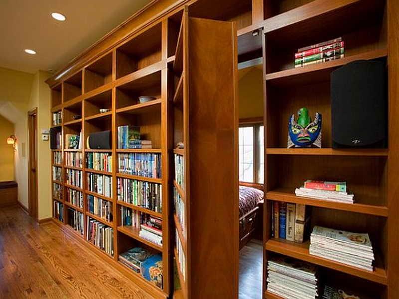 incapere-ascunsa-biblioteca